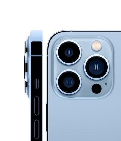 Iphone 13 pro sierra blue hero square 2 up screen  usen